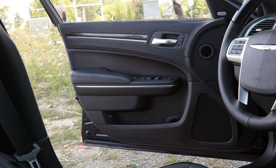 2012 Chrysler 300 Mopar '12 - Slide 54