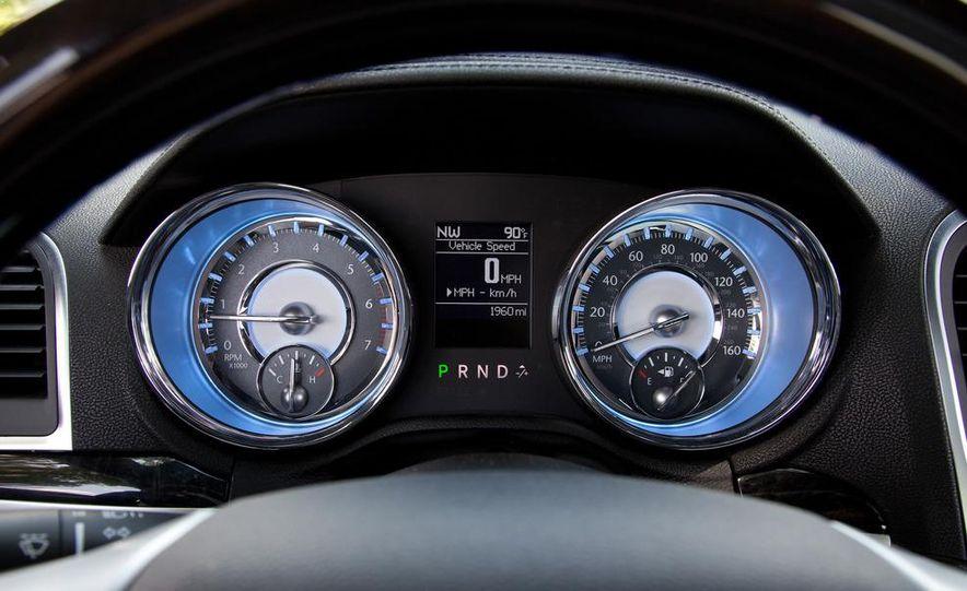 2012 Chrysler 300 Mopar '12 - Slide 60