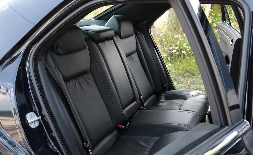2012 Chrysler 300 Mopar '12 - Slide 59