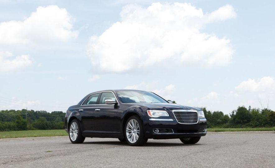 2012 Chrysler 300 Mopar '12 - Slide 43