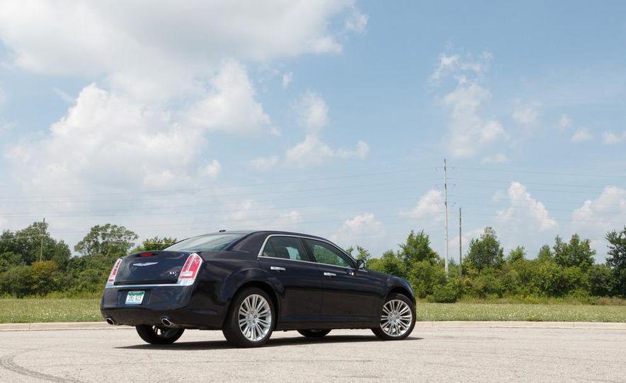 2012 Chrysler 300 Mopar '12 - Slide 46