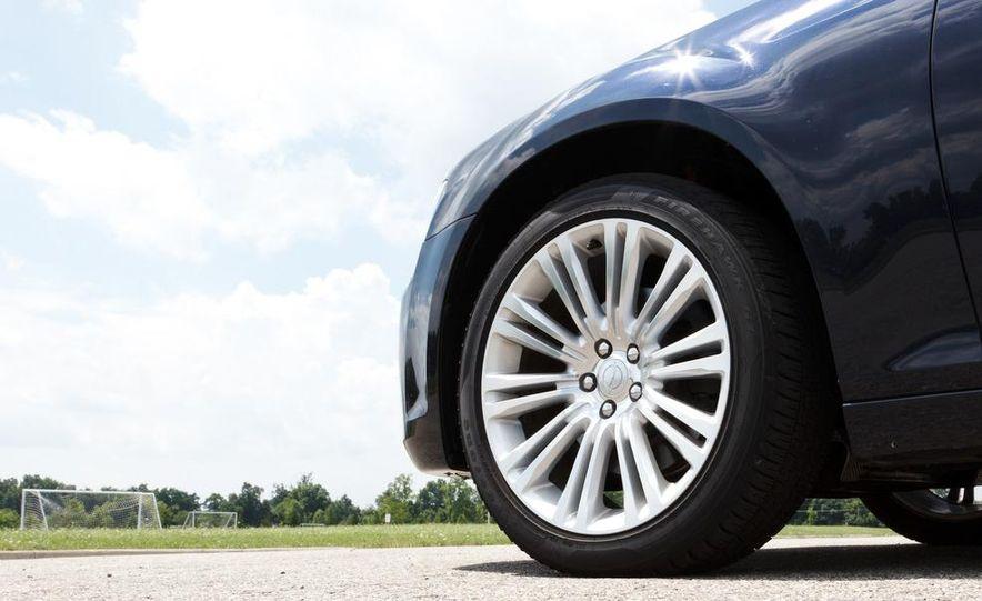 2012 Chrysler 300 Mopar '12 - Slide 51