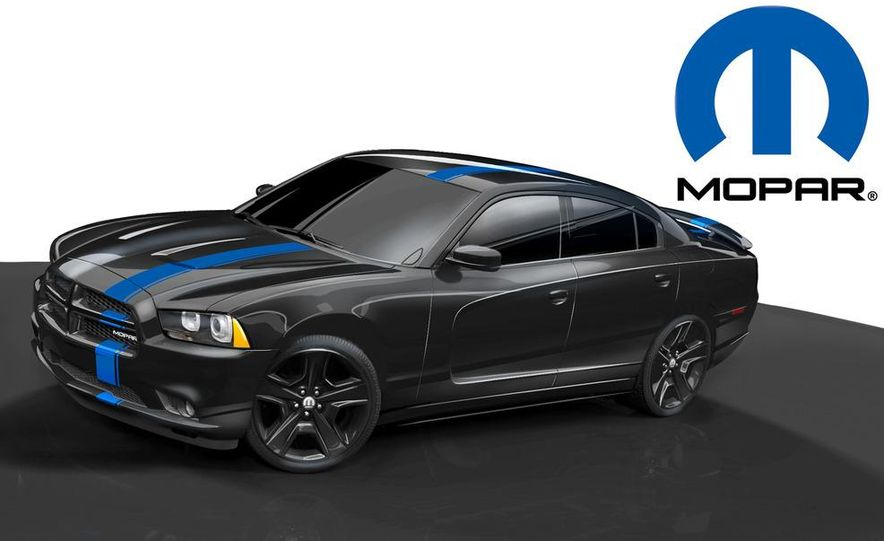 2012 Chrysler 300 Mopar '12 - Slide 38