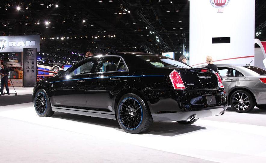2012 Chrysler 300 Mopar '12 - Slide 3