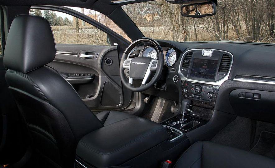 2012 Chrysler 300C - Slide 48