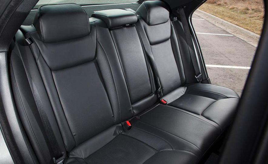 2012 Chrysler 300C - Slide 51