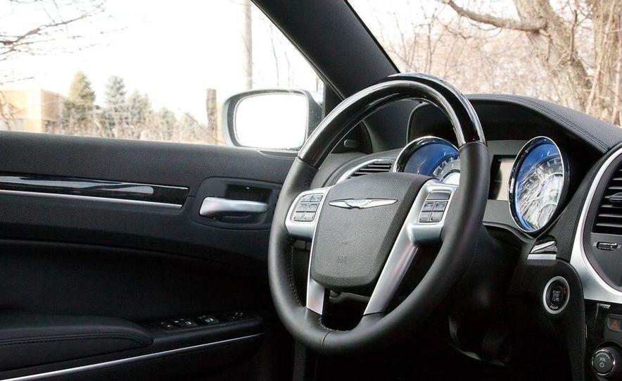 2012 Chrysler 300C - Slide 52