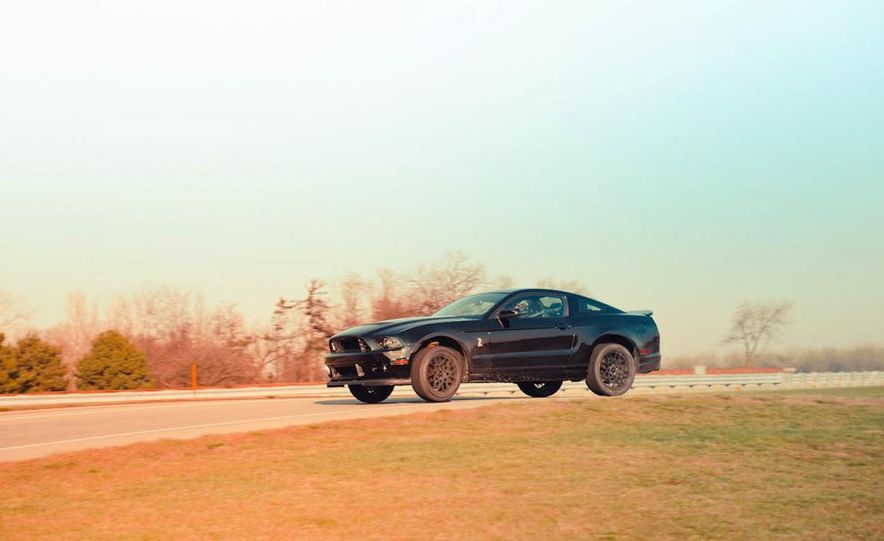 2013 Ford Mustang Shelby GT500 - Slide 6