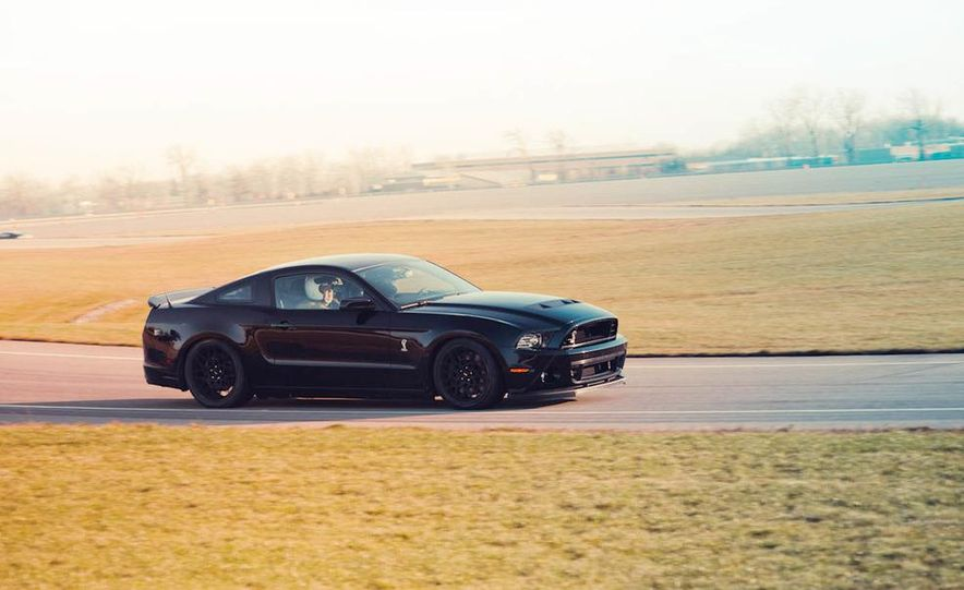 2013 Ford Mustang Shelby GT500 - Slide 13