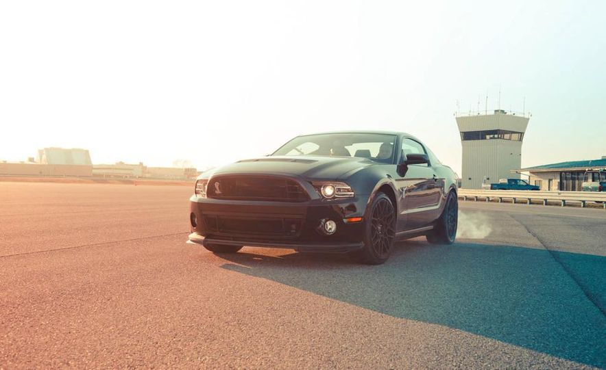 2013 Ford Mustang Shelby GT500 - Slide 19