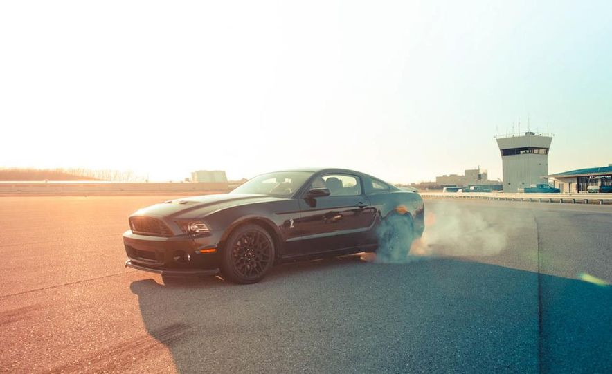 2013 Ford Mustang Shelby GT500 - Slide 20