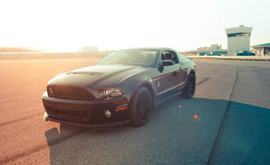 2013 Ford Mustang Shelby GT500 - Slide 22