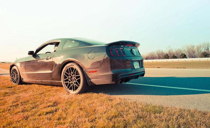 2013 Ford Mustang Shelby GT500 - Slide 27