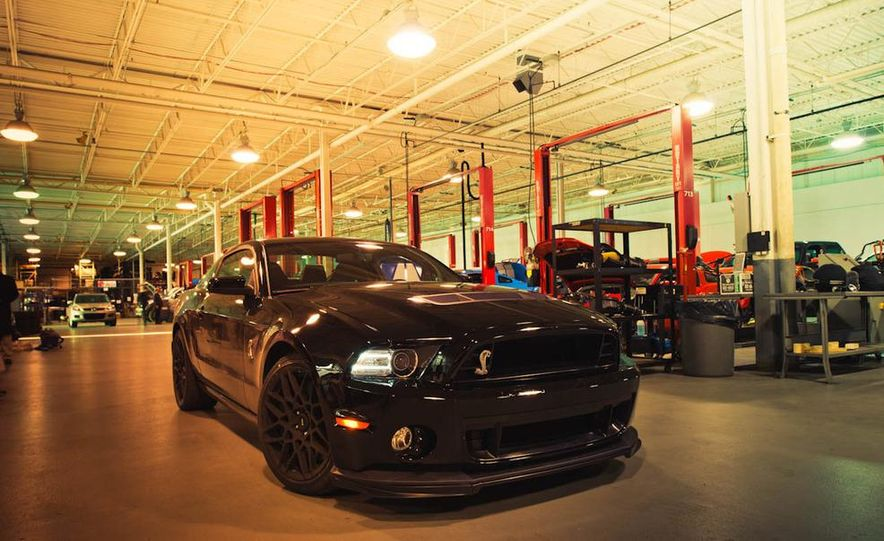 2013 Ford Mustang Shelby GT500 - Slide 29