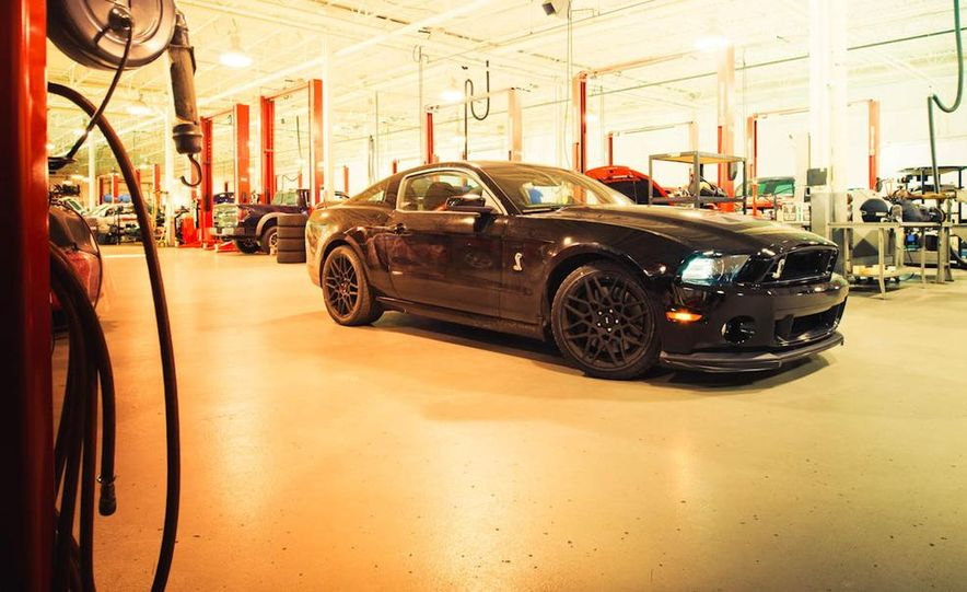 2013 Ford Mustang Shelby GT500 - Slide 30