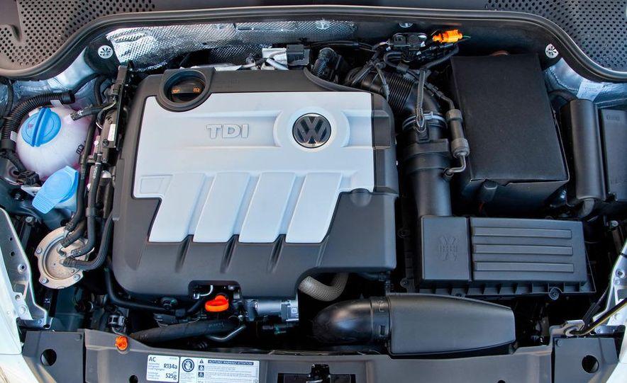 2013 Volkswagen Beetle TDI - Slide 5