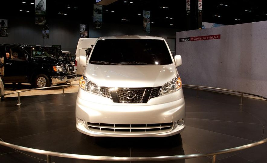 2013 Nissan NV200 - Slide 2
