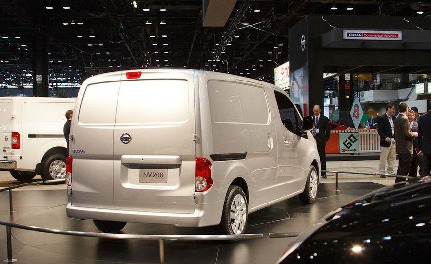 2013 Nissan NV200 - Slide 5