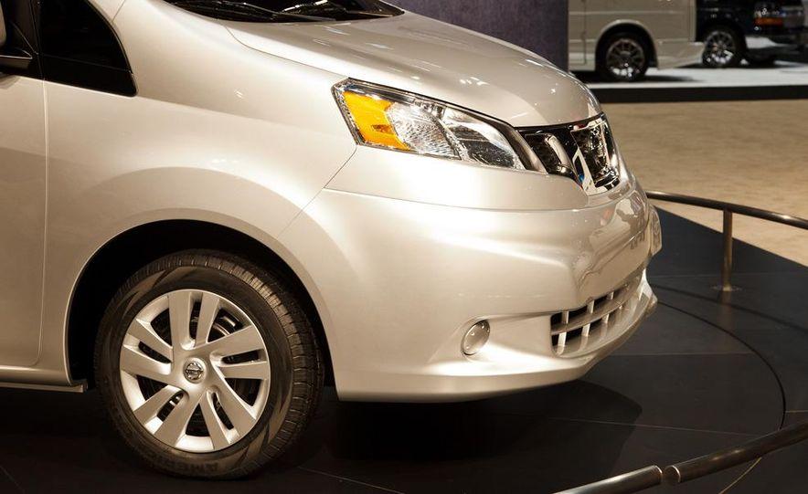 2013 Nissan NV200 - Slide 7