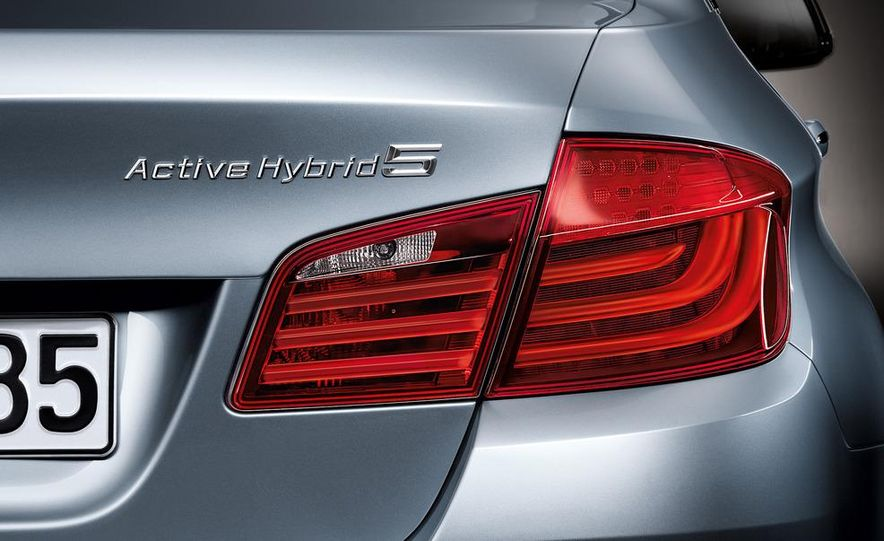 2012 BMW ActiveHybrid 5 - Slide 45