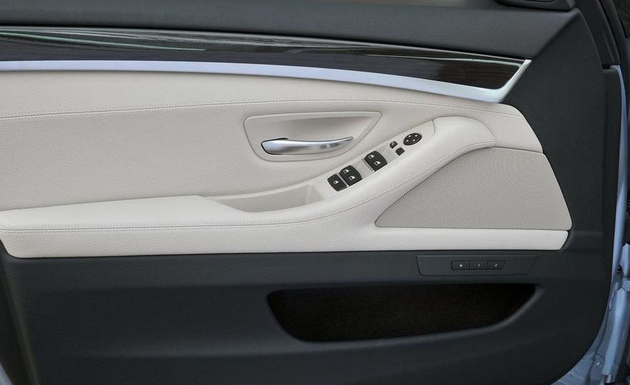 2012 BMW ActiveHybrid 5 - Slide 31