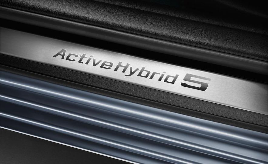 2012 BMW ActiveHybrid 5 - Slide 46