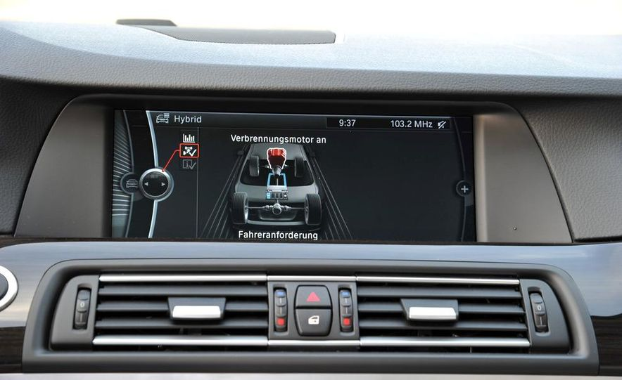 2012 BMW ActiveHybrid 5 - Slide 33