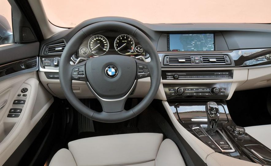2012 BMW ActiveHybrid 5 - Slide 26