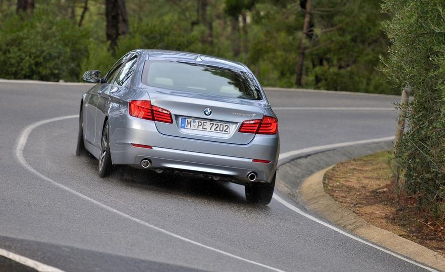 2012 BMW ActiveHybrid 5 - Slide 2