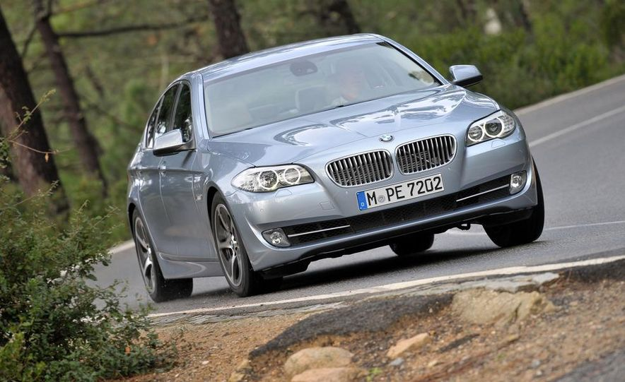 2012 BMW ActiveHybrid 5 - Slide 12