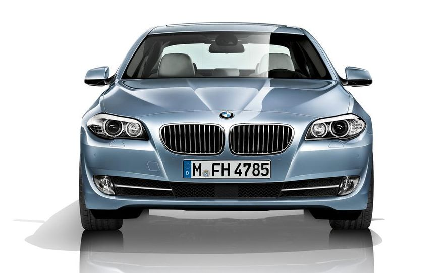 2012 BMW ActiveHybrid 5 - Slide 41