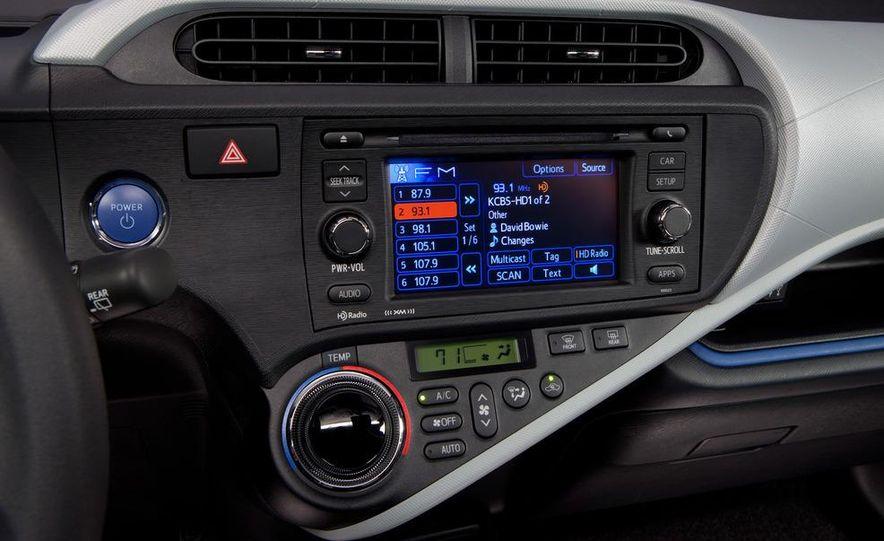 2012 Toyota Prius C - Slide 18