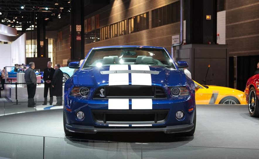 2013 Ford Mustang Shelby GT500 convertible - Slide 1