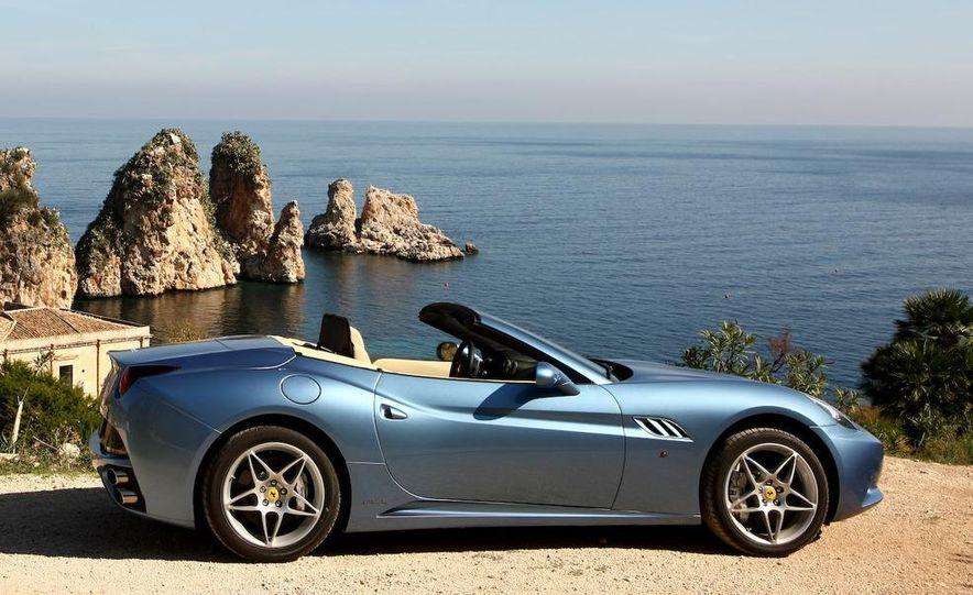 2013 Ferrari California - Slide 61