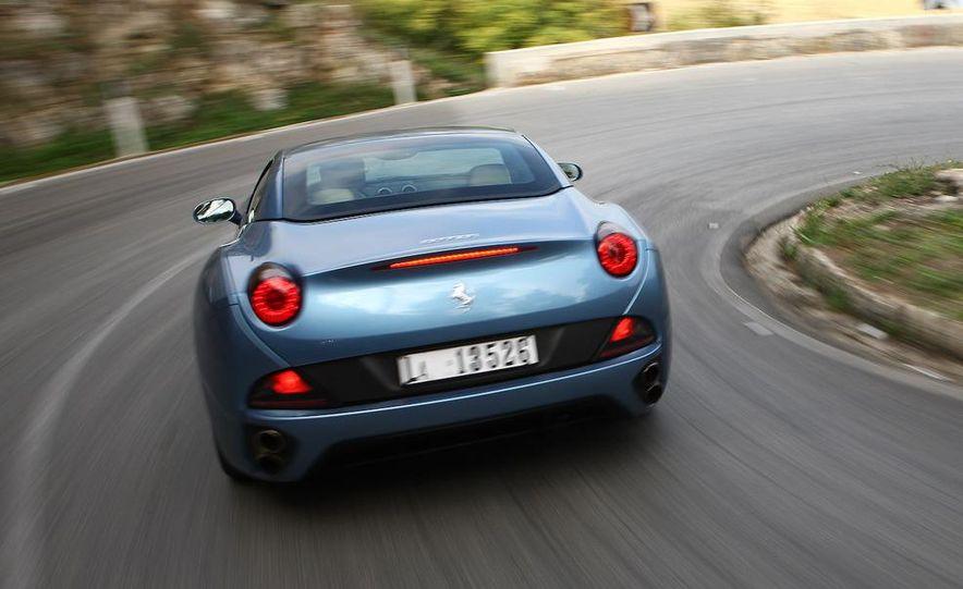 2013 Ferrari California - Slide 62