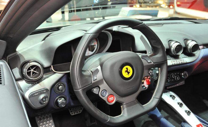 2013 Ferrari California - Slide 13
