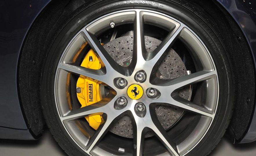 2013 Ferrari California - Slide 6