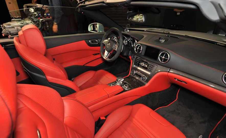 2013 Mercedes-Benz SL63 AMG - Slide 22