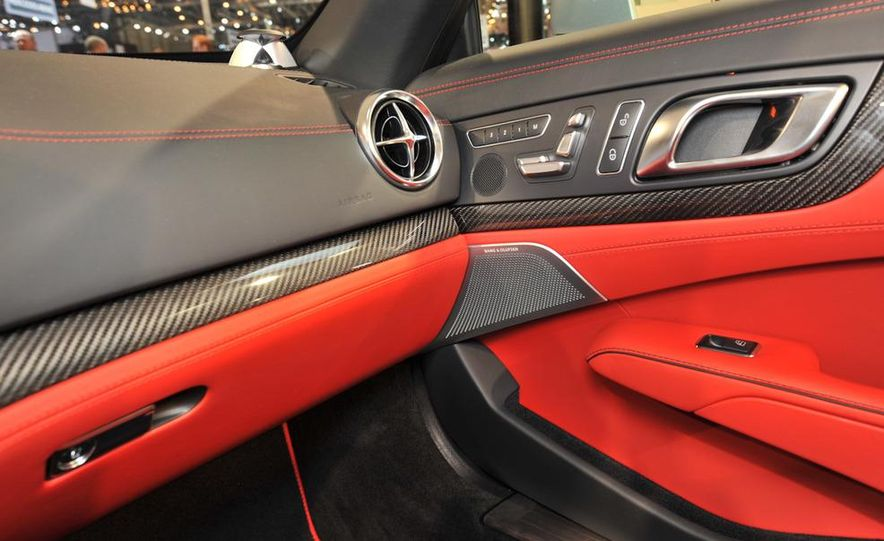 2013 Mercedes-Benz SL63 AMG - Slide 27