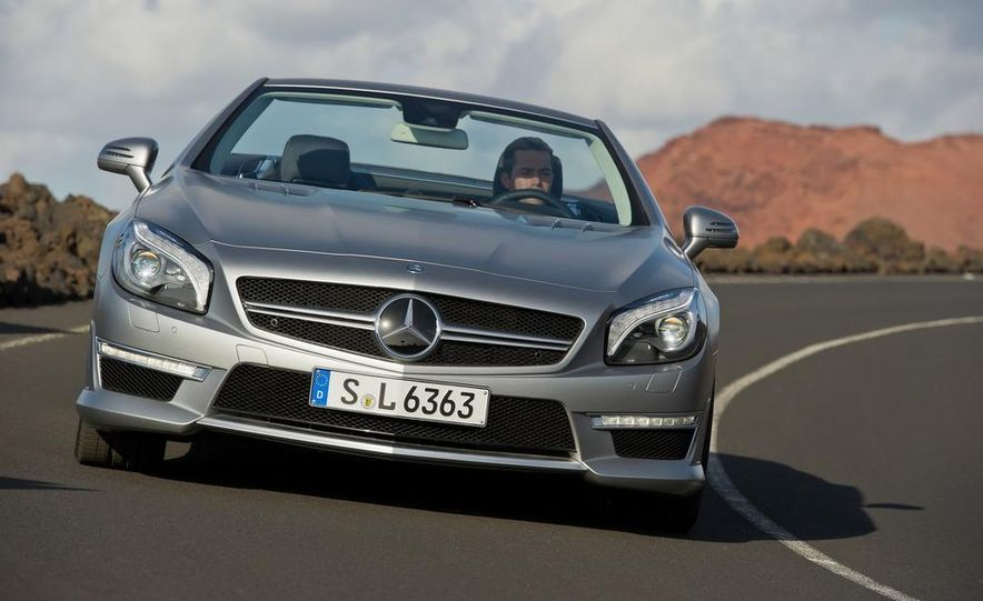 2013 Mercedes-Benz SL63 AMG - Slide 45