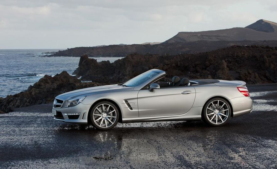 2013 Mercedes-Benz SL63 AMG - Slide 48