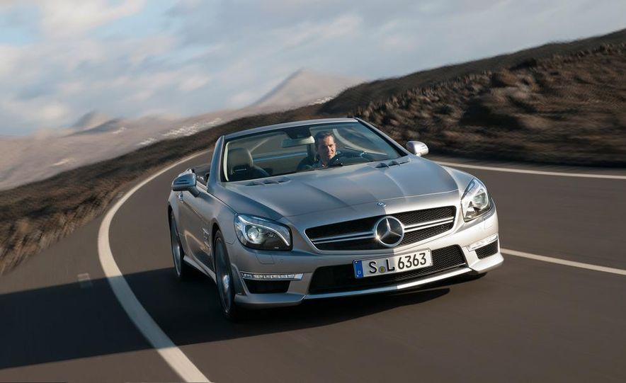 2013 Mercedes-Benz SL63 AMG - Slide 54