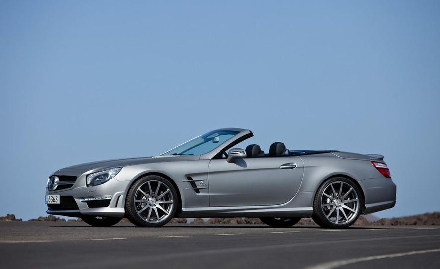 2013 Mercedes-Benz SL63 AMG - Slide 60