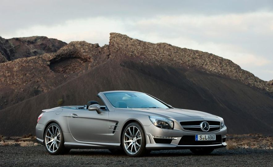 2013 Mercedes-Benz SL63 AMG - Slide 63