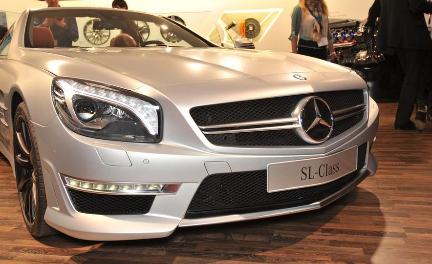 2013 Mercedes-Benz SL63 AMG - Slide 14