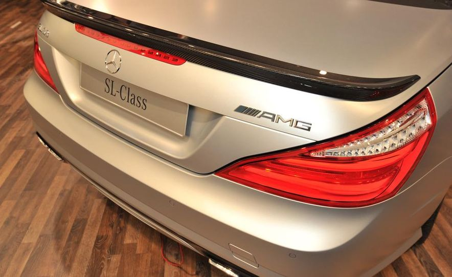 2013 Mercedes-Benz SL63 AMG - Slide 16