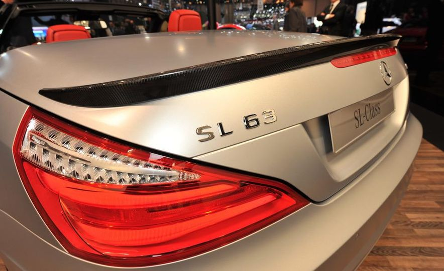 2013 Mercedes-Benz SL63 AMG - Slide 18