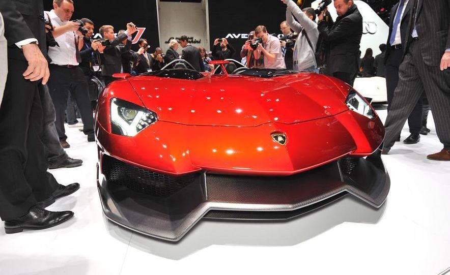 Lamborghini Aventador Jota - Slide 6