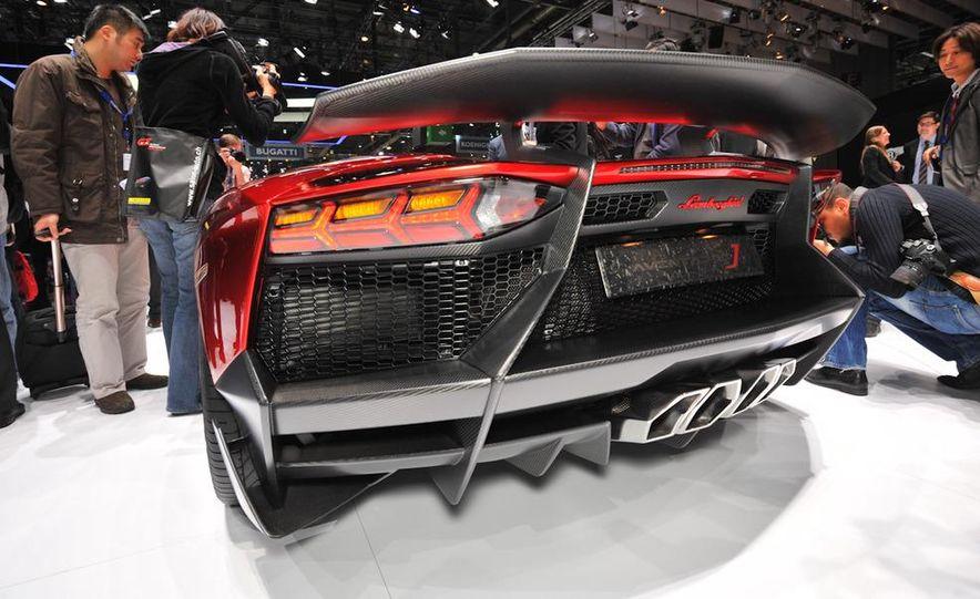 Lamborghini Aventador Jota - Slide 8