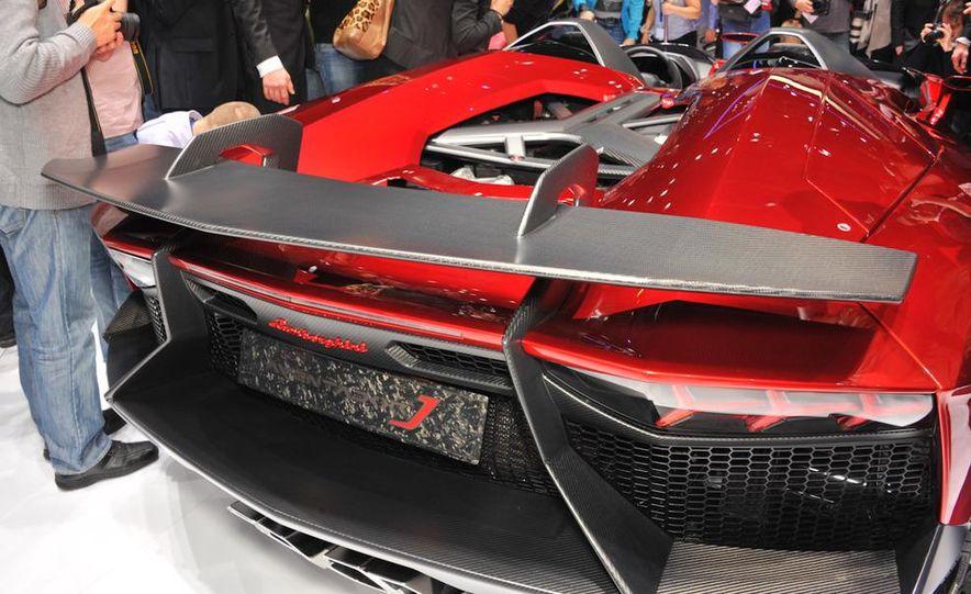 Lamborghini Aventador Jota - Slide 13